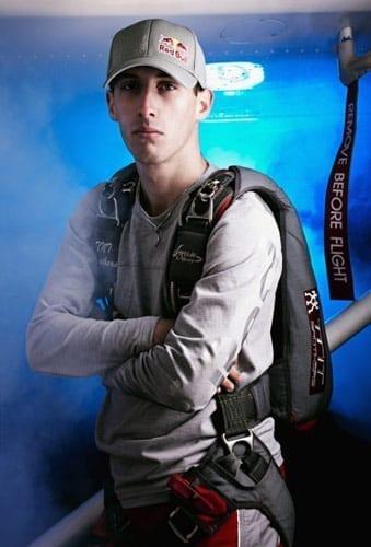 Campionul mondial la parasutism, Alexandru Nicolau, noul atlet Red Bull