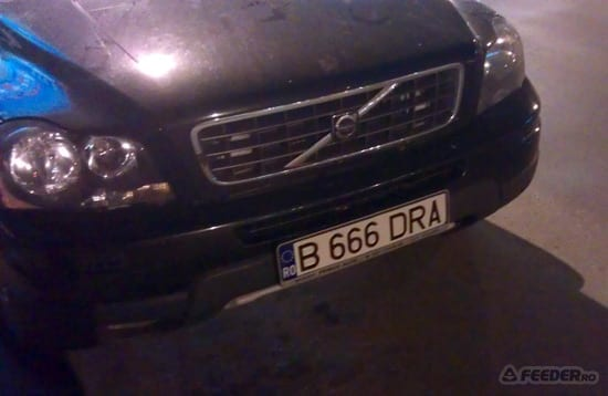 B-666-DRA. Sigur nu e masina unui preot :)