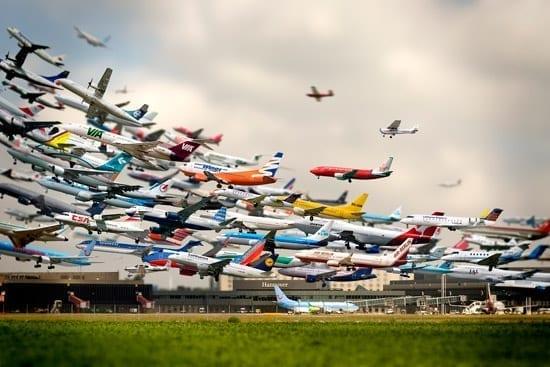 Multiexpuneri  cu avioane decoland - Ho-Yeol Ryu