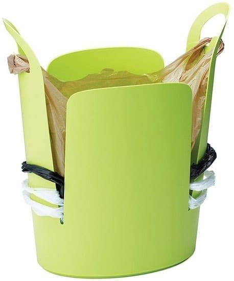 Urbano Trash Can foloseste pungile de la cumparaturi in locul sacilor de plastic