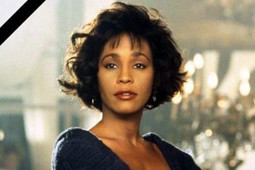 A murit Whitney Houston