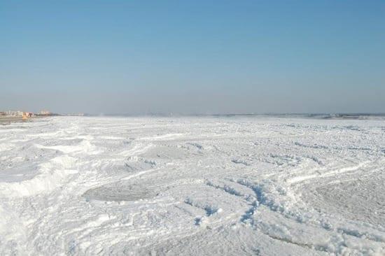 Marea Neagra inghetata