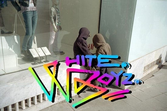White Boyz (WB) @ feeder