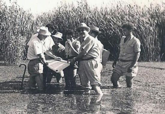 Janco_in_Hula,_1938