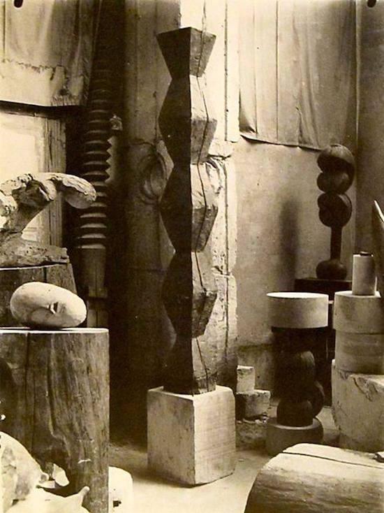 Ansamblul sculpturilor lui Brâncuși, Târgu-Jiu (2)