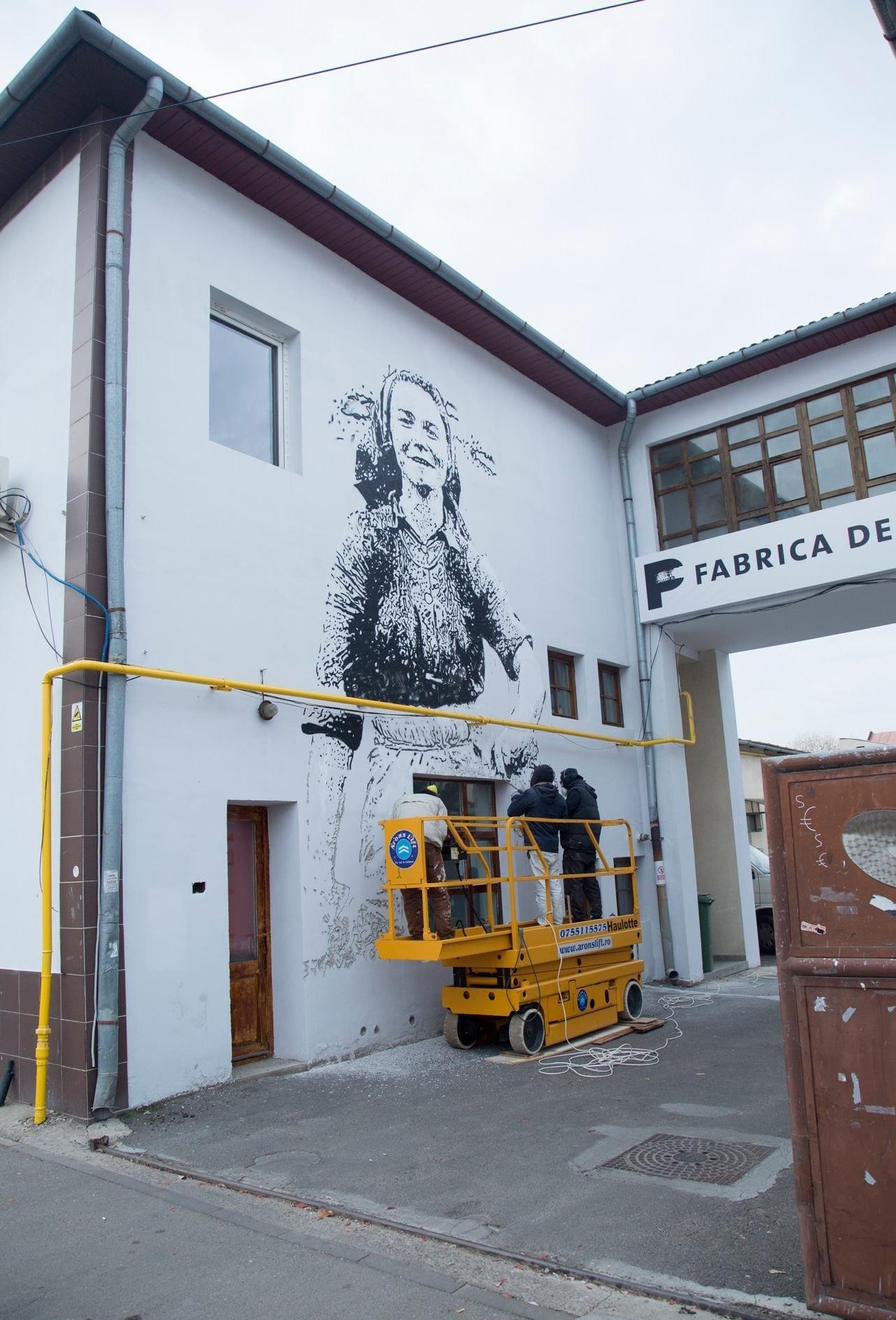 Vhils la Fabrica de pensule Cluj