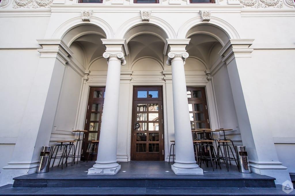 16 hotspot-uri culturale care te ajută să ții pasul cu prezentul! POINT strada General Gremia Grigorescu 10
