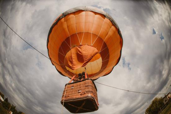 Balonul cu aer cald Summer Well