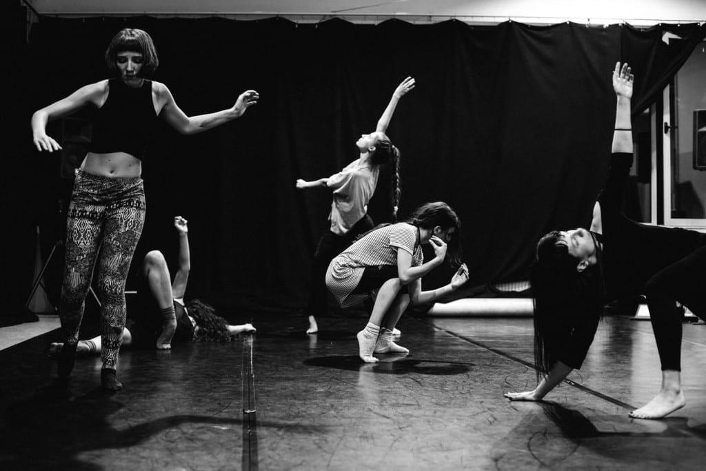 Atelier de dans contemporan și fotografie analog