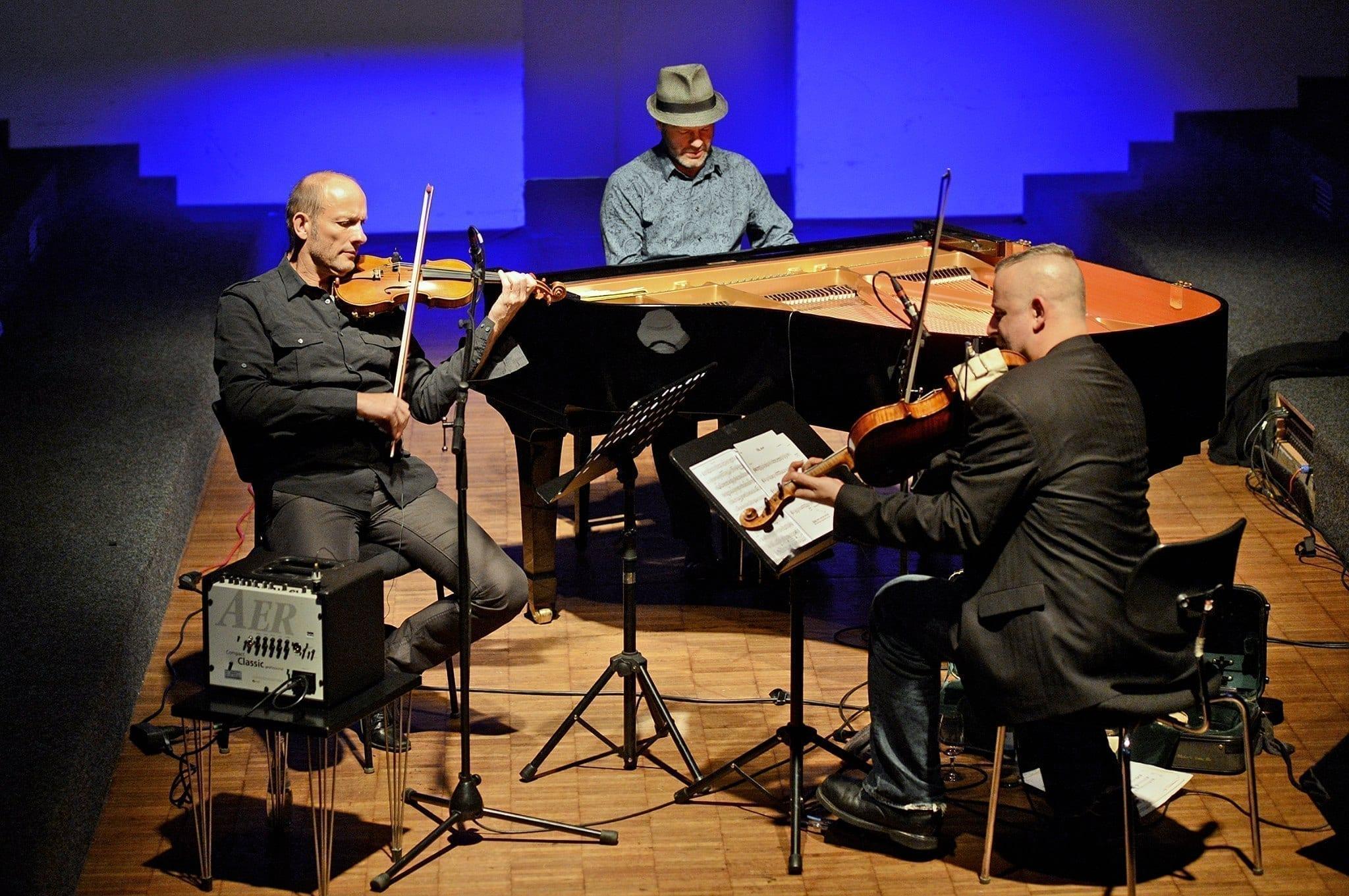 Chamber Jazz: Albrecht Maurer, Mat Maneri & Lucian Ban | Fantasm