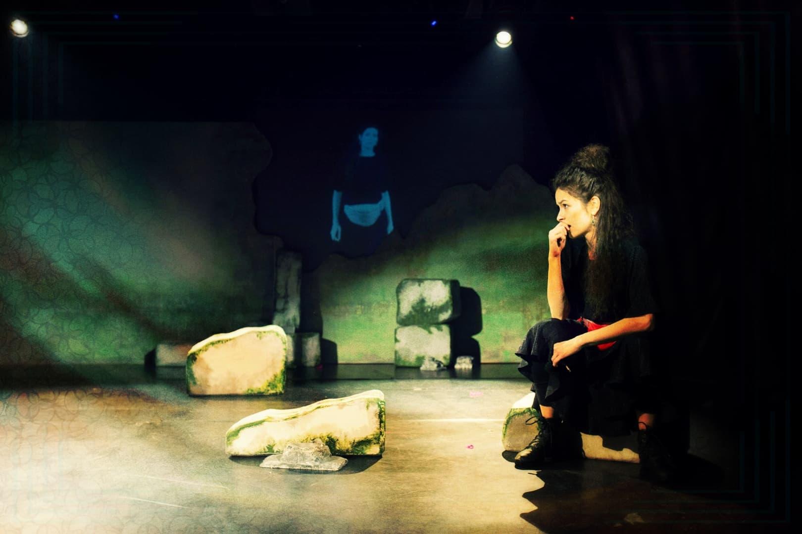 DOAMNA GODOT de Olga Delia Mateescu | regia Felix Crainicu