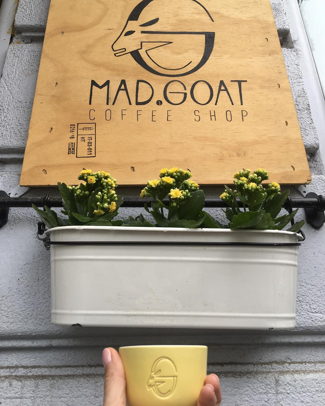 MAD.GOAT Coffee Shop