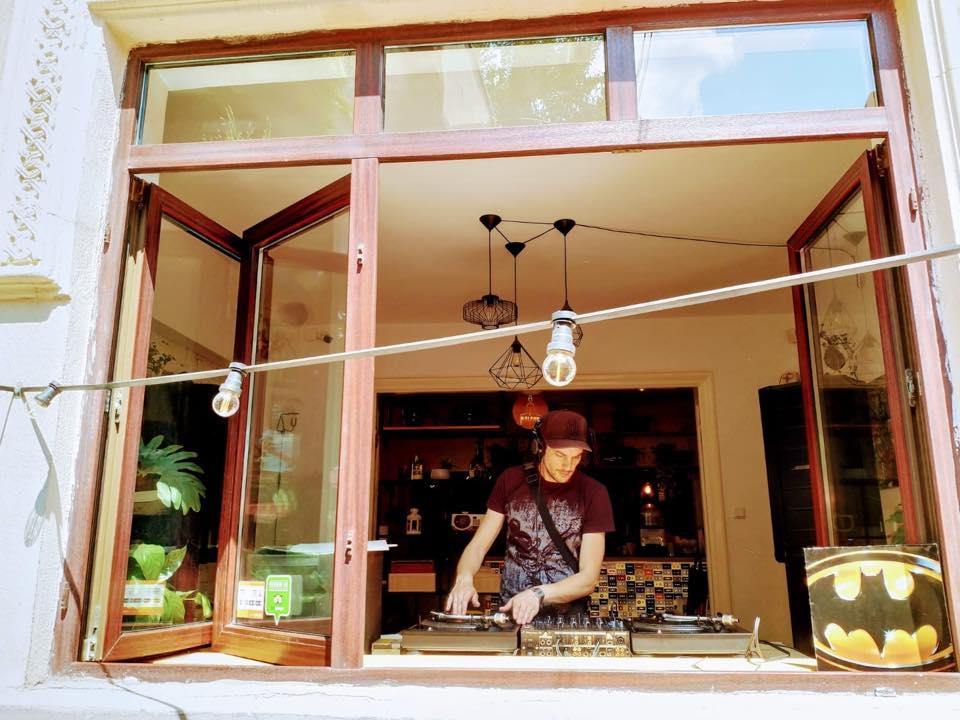 Rockers Vinyl Coffee Shop