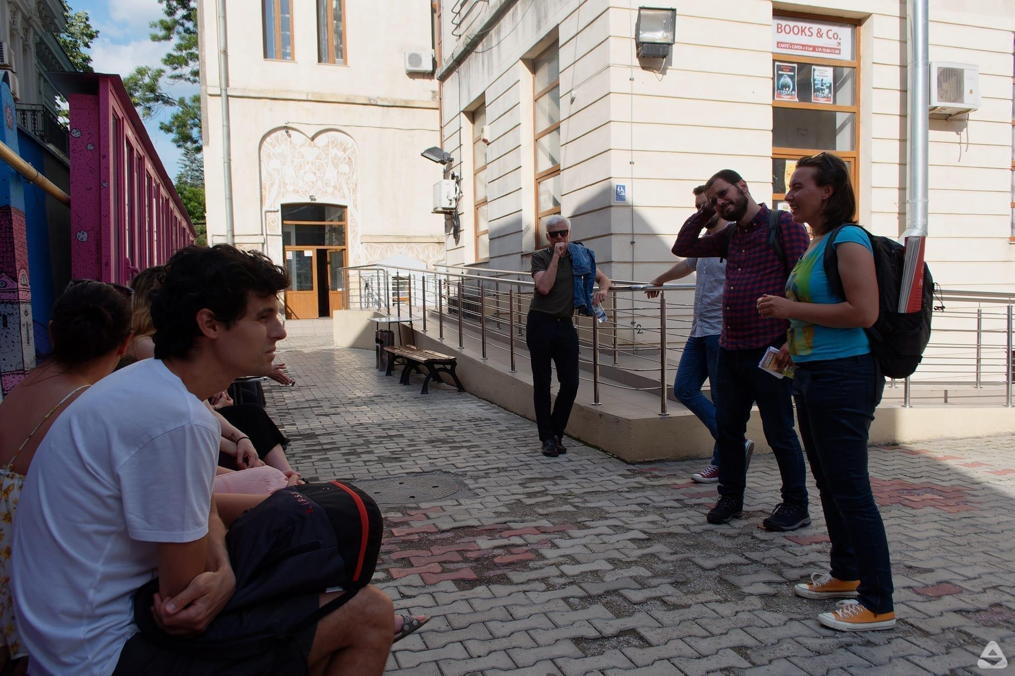 BTLT: Tur ghidat Un-hidden Bucharest @ Creative Quarter Design Festival (I)