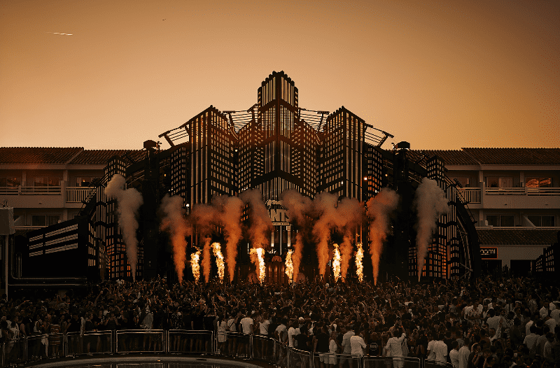 ANTS welcomes back RADIO 1 dance stage takeover at USHUAÏA IBIZA