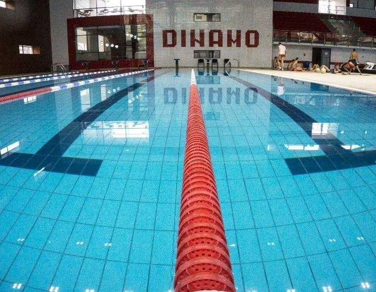 LIST: 8 piscine din București unde poți să te bucuri de apă și soare 2019