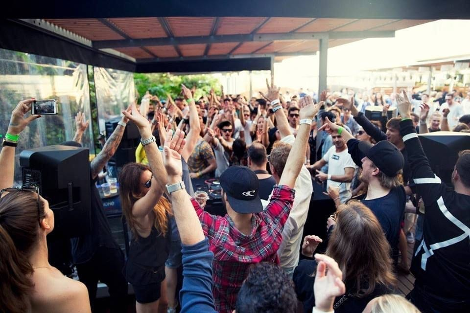 Oliver Huntemann presents - OFF WEEK Rooftop Pool Party