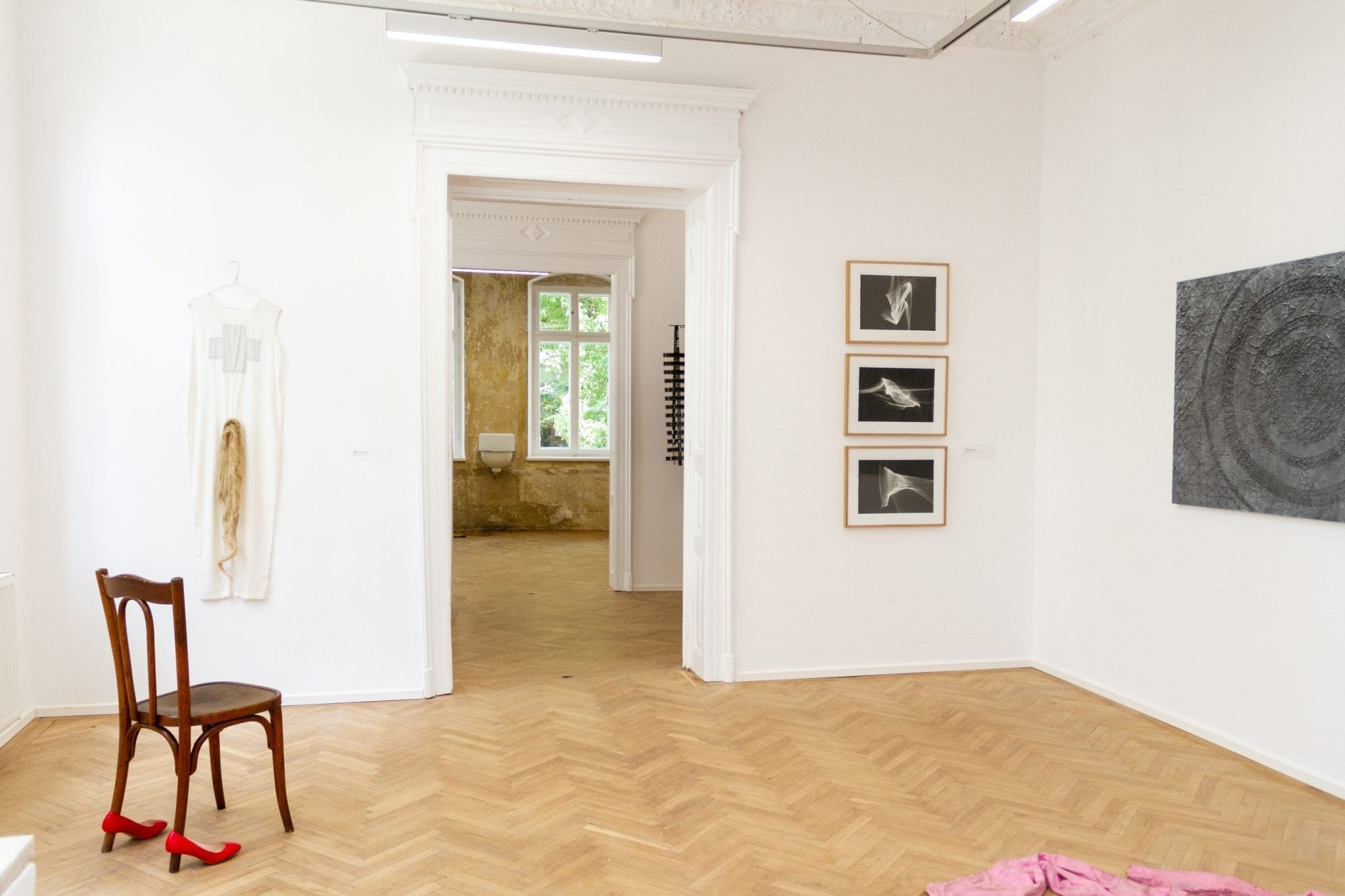 In The Eye of The Storm Exhibition View / Anca Poterasu Gallery