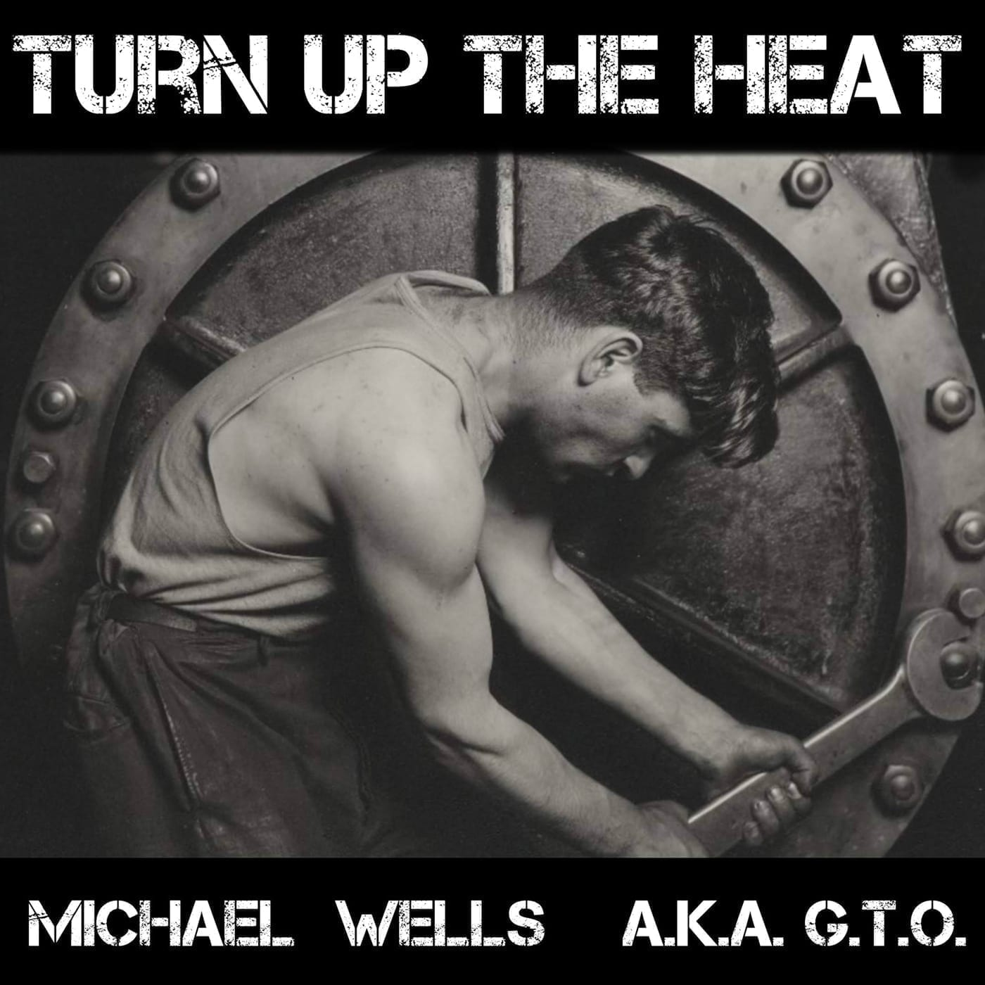 Legendary producer and all-round Technohead Michael Wells returns on his own Dataflow imprint