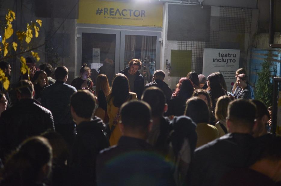 Spectacole de teatru pentru copii și adulți în cadrul proiectului Stagiunea Reactor