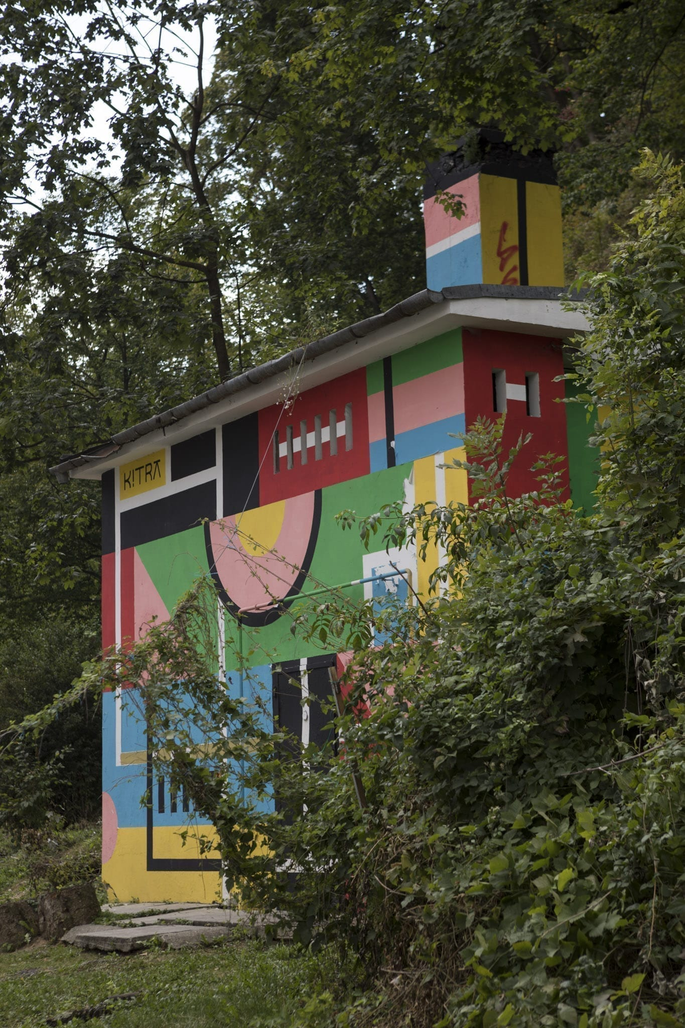 Kitra Amural 2017 Brasov Un-hidden street art in Romania