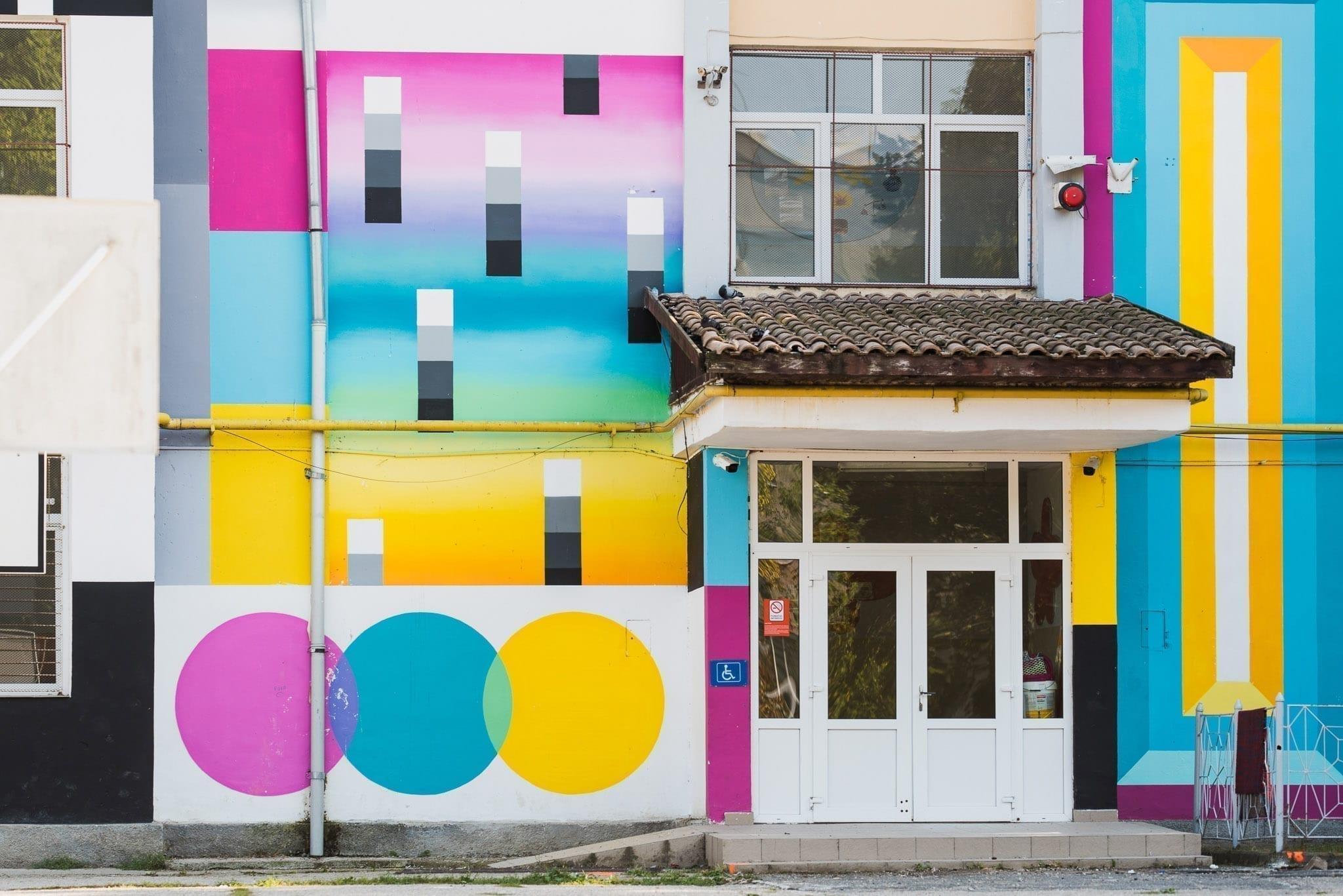 LOST Optics (Sweet Damage Crew) Școala Gimnazială Octavian Goga Cluj Un-hidden Street Art in Romania book photo © Anita Jimbor, Un-hidden Romania