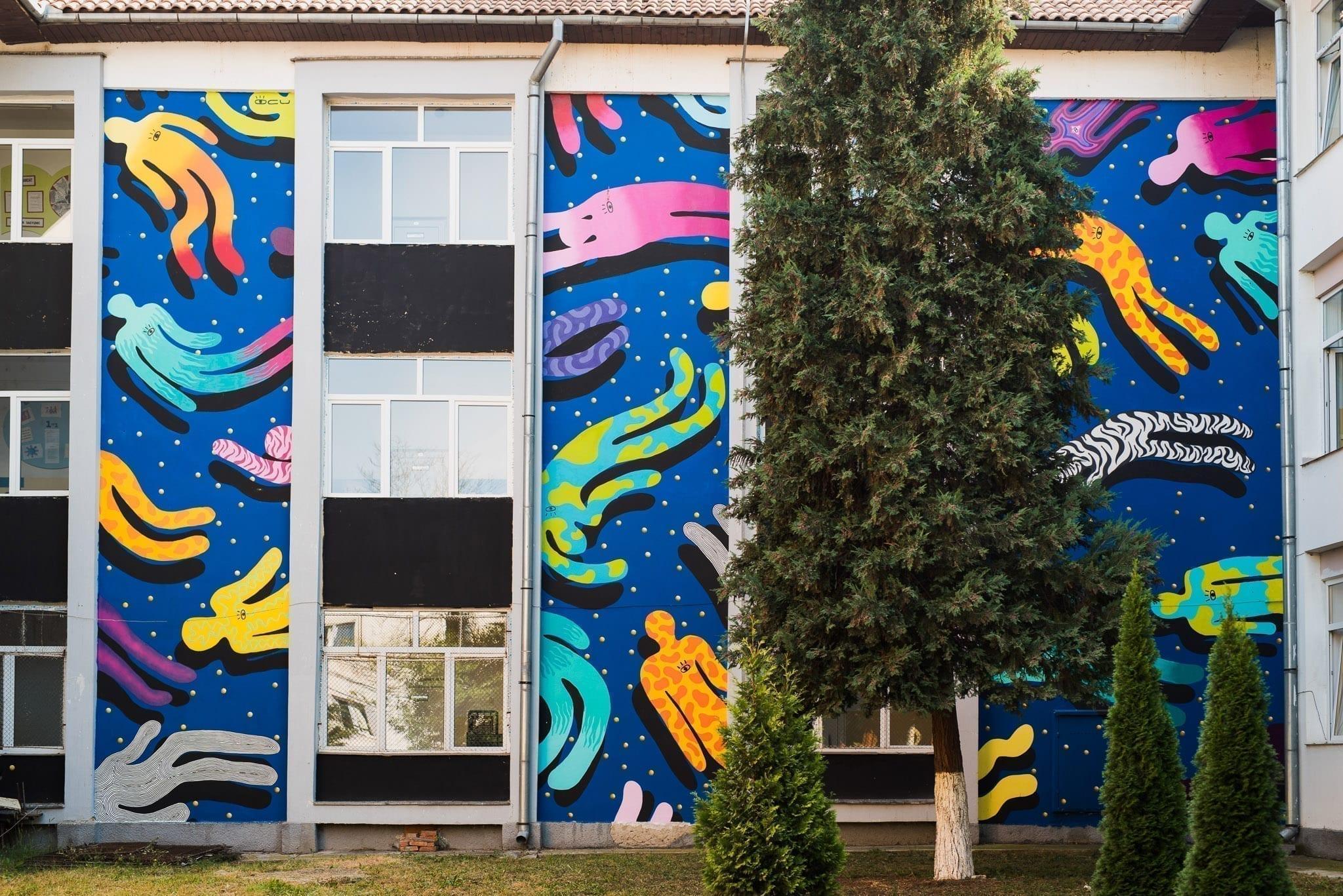 Ocu @ Școala Gimnazială Octavian Goga, Cluj photo © Un-hidden Street Art in Romania book, taken by Anita Jambor, Un-hidden Romania