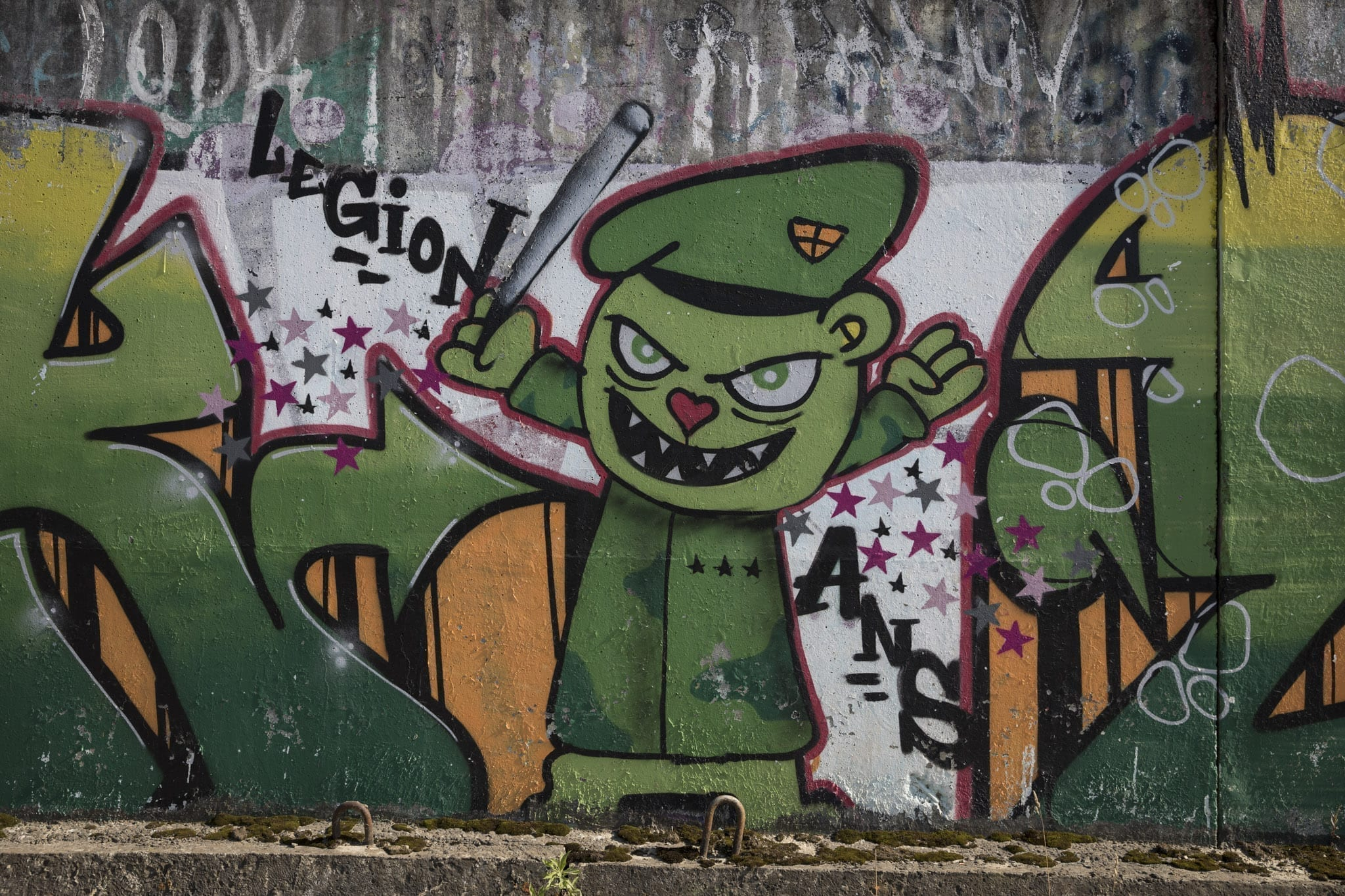 Various Artists Brasov Un-hidden street art in Romania
