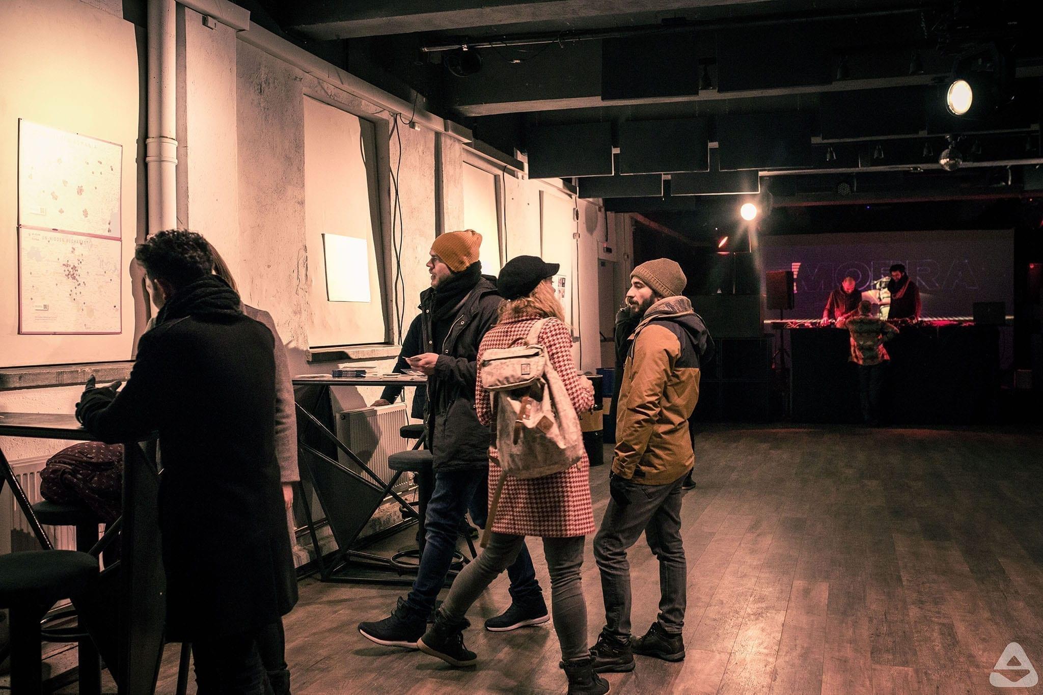 imagini de la evenimenteleUn-hidden Romanian Culture, organizate cu ocazia Zilei Culturii Naționale / expoziție / MoBra live act, Visssual, Brașov