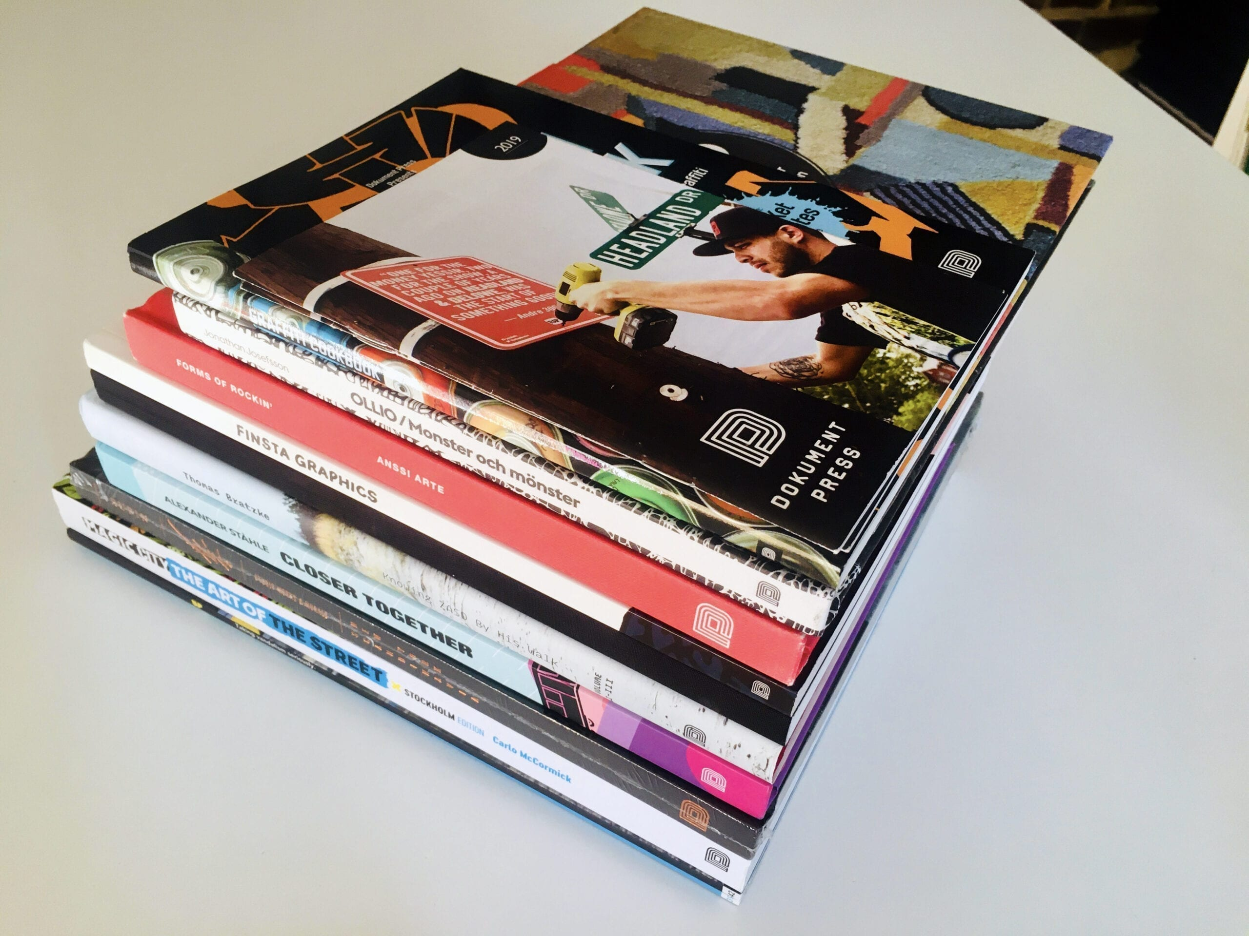 9 graffiti and contemporary art books and 2 magazine issues from Dokument Press