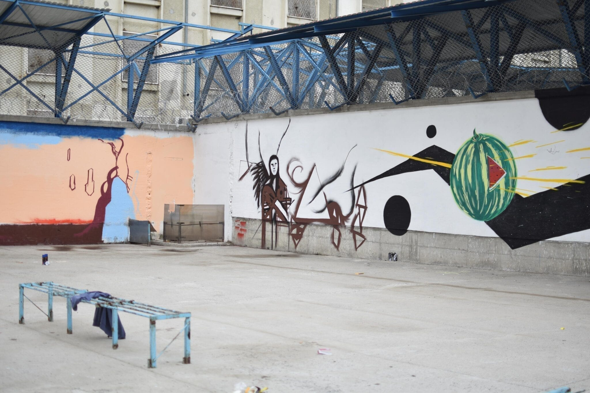Street Delivery penitenciarul Iași 2018 Street Delivery penitenciarul Iași 2018 Un-hidden street art in Romania book art files