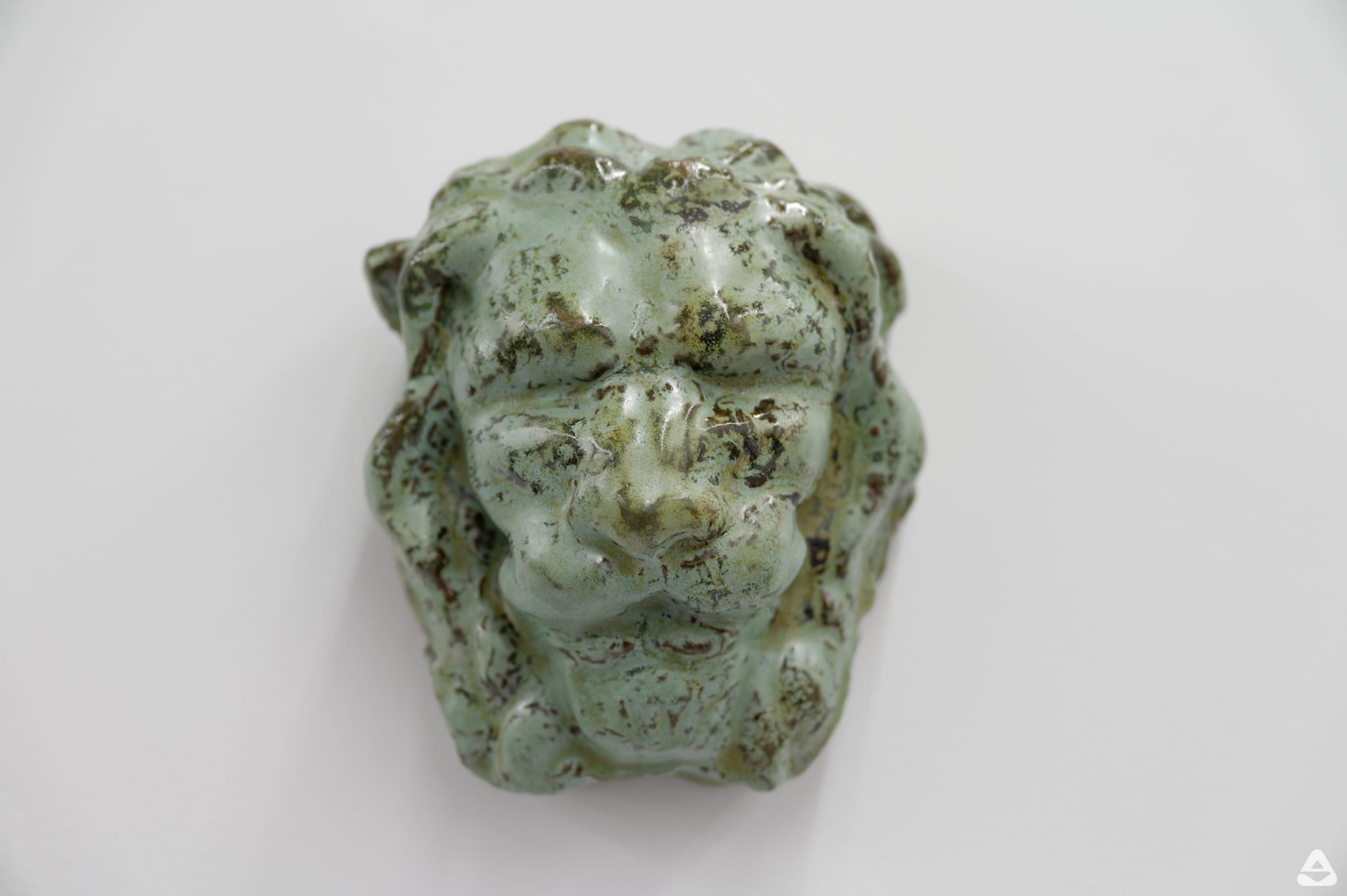 Lion head, 2020 glazed ceramic 16 x 13,5 x10cm