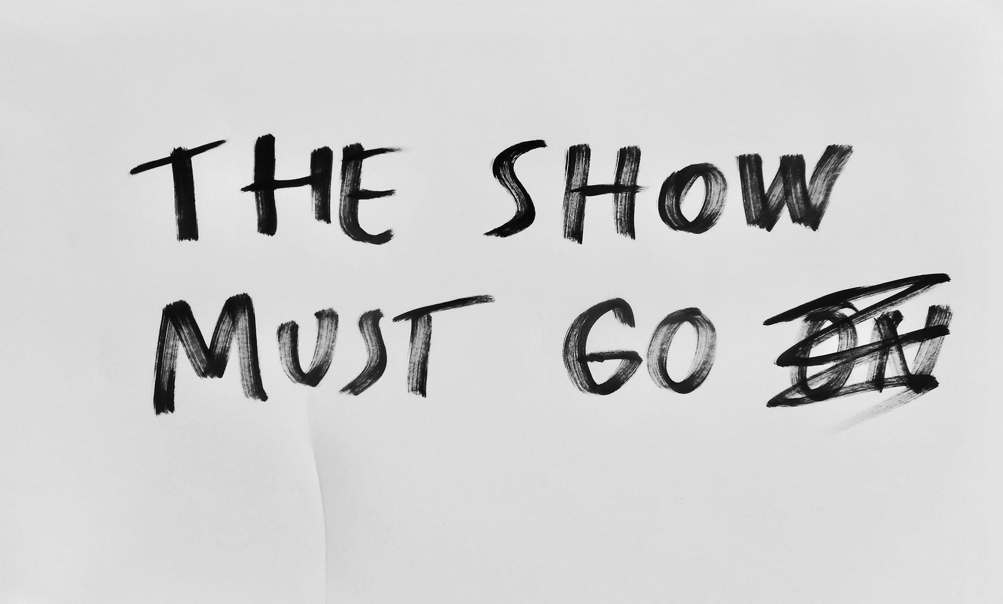 2020 Dan Perjovschi Show must go