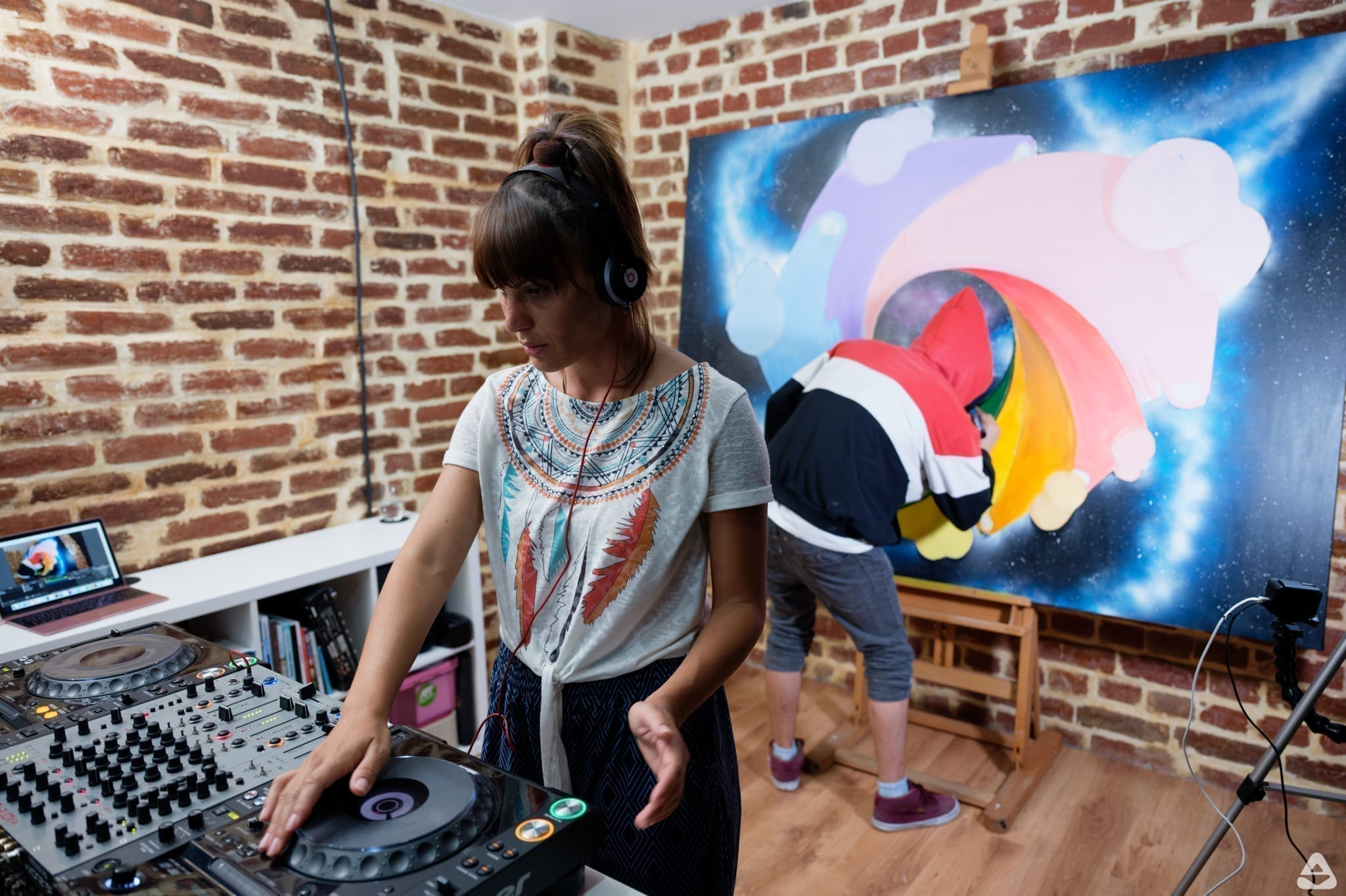 feeder sound LIVE STREAMS with CR15TINA (dj set) & AEUL (live painting)