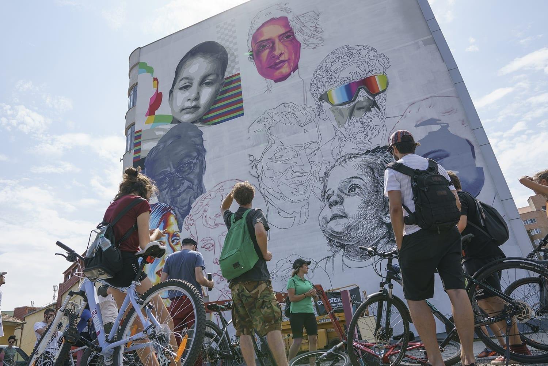 Cea mai mare lucrare de artă stradală din România se află la Sibiu Sweet Damage Crew SISAF 2020