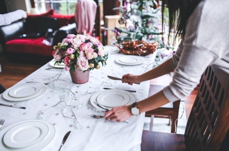 Atelier de bune maniere şi etichetă în societate