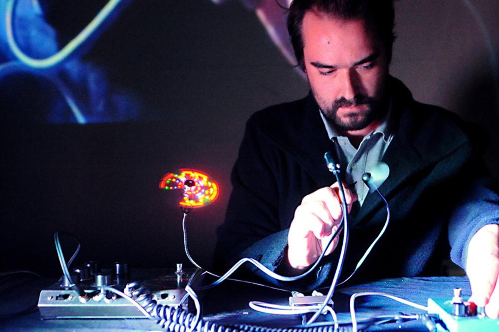 sillyconductor simultan festival