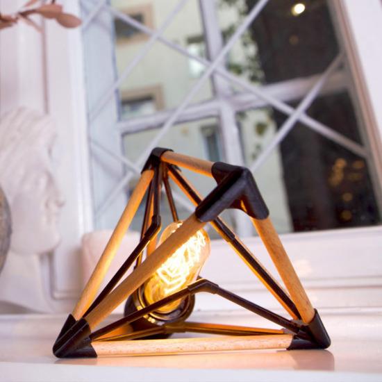 Wooba - corp de iluminat Târgul online Made in RO se derulează până pe 20 decembrie: mai ai câteva zile pentru Xmas shopping