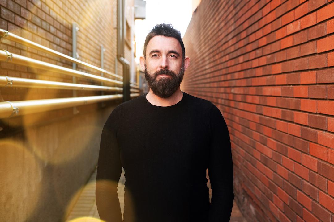 DJ Dobrel, Robbie Rosen & Szaby to Release Exhilarating Single 'So Far Away' on Loudkult