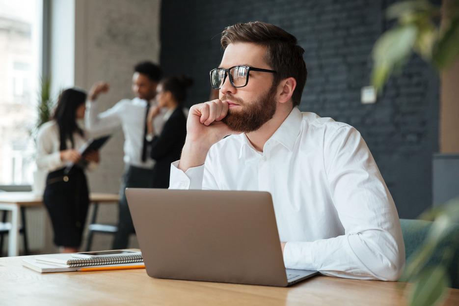 Introducere în gândirea critică – curs online Fundația Calea Victoriei