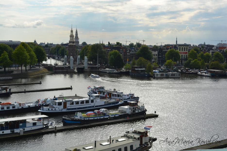 Veni, vidi, WOW! Amsterdam